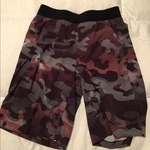 lululemon men's core shorts